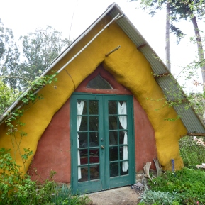 strawbale house at permaculture institute of northern california